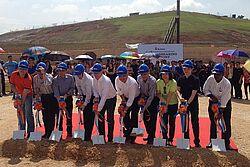 ทีมบริหารของ  BD Asia and BD Agriculture (Malaysia) Sdn Bhd เข้าร่วมพิธีวางศิลาฤกษ์