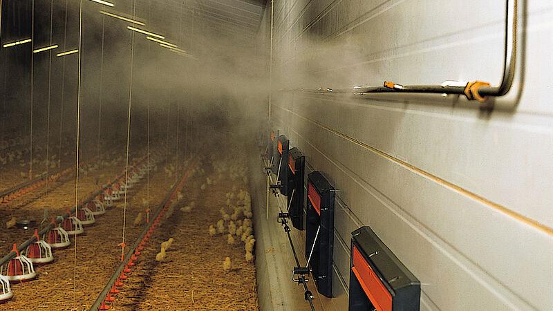 เครื่องทำความเย็น-ระบบสเปรย์น้ำเป็นละอองฝอยเพื่อควบคุมอุณหภูมิภายในโรงเรือน